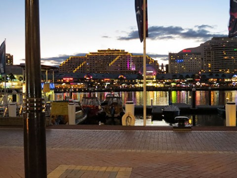 Darling Harbor sights & lights